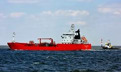Tanker URSULA ESSBERGER & Tug DUTCH PIONEER (cuxclipper ) Tags: ursulaessberger dutchpioneer tanker tug elbe ship schiff nordsee