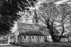 Balade autour de l'église (Daniel_Hache) Tags: lemesnilsaintdenis church eglise îledefrance france fr