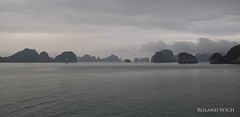 Halong Bay (Rolandito.) Tags: asia asie asien south east southeast vietnam halong ha long bay karst sea limestone mountains