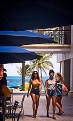 Fort Lauderdale Beach mall (LarryJay99 ) Tags: 2018 beach streets people ftlauderdale ocean atlanticocean urbanity mall center publicspace backpack urbanbackpacker headlights large breasts