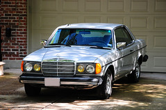 1982 Mercedes Benz 300 CD (2) (Autophocus) Tags: mercedesbenz 1982mercedesbenz300cd mercedes w123 coupe turbodiesel 2door sports germanengineering statusbrand automobile car transportation classiccars collectorcars executivesedan comfort fueleconomy luxuryautomobile import quality craftsmanship engineeringexcellence 5cylinderengine unique autobahn freeway highway motorway dailydriver safety security everlasting agelessbeauty grace dignified class control thoroughbred