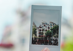 Sant Jordi (annathirteen) Tags: santjordi street flower rose girl blue catalonia tradition catalan canon photoshoot bcn barcelona vic outdoor bridge explore discover city town road roses