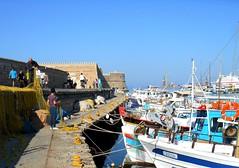 Δικτύωση / Networking (Ath76) Tags: europe europa mediterranean mediterraneo medelhavet méditerranée mittelmeer hellas greece grecia grekland grèce greekislands greeceislandsgreekaegean crete creta crète kreta kriti heraklion herakleion fisherman nets castle κρήτη ηράκλειο λιμάνι δίχτυα port porto harbour