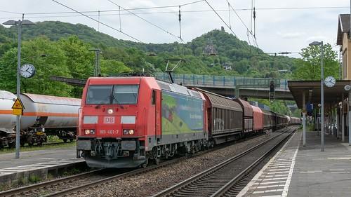 Königswinter DBC 185 401 (Das ist Grün) met staaltrein richting Köln