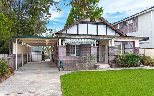 14 Riverview Rd, Fairfield NSW 2165