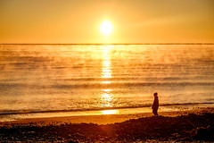 ºº SmOke on the waTer ºº (m+m+t) Tags: dscf56161 mmt meredithbibersteindesign newzealand northisland nature dawn sunrise sea ocean beach coast sky sun fujixt1 fujixseries fujimirrorless 1855mm van campervan vantastic hawkesbay