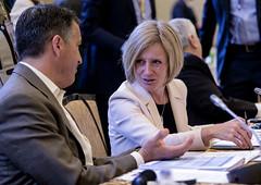 Alberta Premier/première ministre de l'Alberta Rachel Notley with/avec Brian Sandoval, Governor of/gouverneur du Nevada