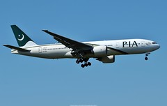 PIA Pakistan International Airways Boeing 777-200ER AP-BGL (Planes Spotter And Aviation Photography By DoubleD) Tags: pakistan international airways pia airlines commercial jet jetliner planes aircraft aviation boeing 777 777200 extended range er spotters spotting canon eos lhr london heathrow egll landing gear blue sky profile