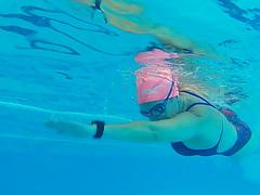 Si te hace feliz dobla la dosis (Ester Arrebola Bravo) Tags: yo portrait swimming swimmer
