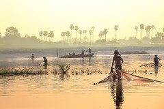 荒废的黄金池 (Kenny Teo (zoompict)) Tags: myanmar inlelake canon lake river kenny zoompict
