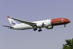 NORWEGIAN G-CKWB B787-9 EGKK 22/05/18 (_alphabravo) Tags: avgeek aviation aviationphotography airplane airport avporn airliner airline canon eos600d eos england egkk gatwick gatwickairport planespotter planespotting photography plane planeporn sky window jet cloud aircraft grass cockpit norwegian norwegianair boeing boeinglovers boeingcompany b787