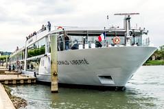 DSC_9996 copie (Pierre Ph.) Tags: bateau croisière tournus bourgogne quai