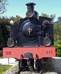 CP E131, Section of the Portuguese Railway Museum, Macinhata do Vouga, (filhodaCP) Tags: viaestreita metergauge comboiosdeportugal cp