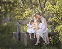 Family (olgafler) Tags: family hairlong girl mother whitedress