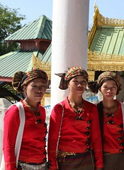 Tant Kyi Taung Pagoda - young women in traditional dress (Mulligan Stu) Tags: myanmar bagan tantkyitaungpagoda tantkyitaung traditionaldress traditionalcostume youngwomen