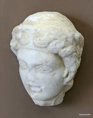 Aiani Museum, Marble head, (1).JPG (tobeytravels) Tags: macedon macedonia alexanderthegreat alexandrthe3rd votive gravegoods clay figurine
