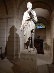 Pantheon: tomb of Voltaire (John Steedman) Tags: pantheon panthéon フランス france frankreich frankrijk francia parigi parijs 法国 パリ 巴黎 tomb voltaire
