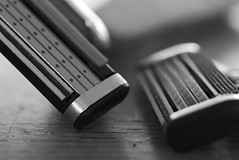 Razorblades with spare - MM Ready for the day (Bert Baron) Tags: macromondays readyfortheday