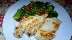 #230518 #jantar #file de peito de frango grelhado e salada #dinner #grilled chicken breast and salad (i cook my meals daily) Tags: grilled 230518 dinner jantar file