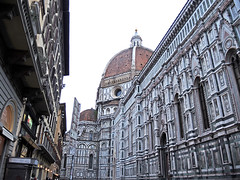 Cathedral of Santa Maria Del Fiore 聖母百花聖殿 (MelindaChan ^..^) Tags: italy 意大利 florence 佛羅倫斯 heritage italian chanmelmel mel melinda melindachan history architecture 聖母百花聖殿 cathedralofsantamariadelfiore cathedral church worship pray religion catholic layer pattern