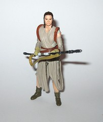 VC116 rey jakku star wars the vintage collection star wars the force awakens basic action figures 2018 hasbro h (tjparkside) Tags: rey jakku star wars vintage collection tvc vc vc116 116 basic action figures 2018 hasbro figure thevintagecollection mosc episode 7 tfa force awakens eight vii staff belt robe hood goggles desert kenner