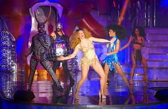 The Hole Zero, Zaragoza (eustoquio.molina) Tags: the hole zero zaragoza circo circus cabaret cantante show especatáculo spectacle musical acrobacia baile dance chicas girls