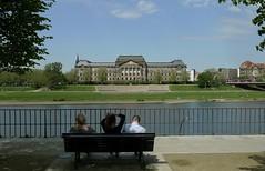 Dresden  +  Elbe (Ken-Zan) Tags: dresden elbe slott germany river ljunghav kenzan