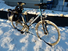 my bike with winter tyres (unci_narynin) Tags: fahrrad bike bicycle velo snow schnee winter spikes