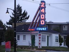 Twin Peaks (knightbefore_99) Tags: kingsway motel vacancy cool neon 2400 eastvan vancouver classic twinpeaks weird city strange street canada art sign