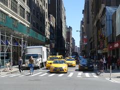 201804160 New York City Chelsea (taigatrommelchen) Tags: 20180416 usa ny newyork newyorkcity nyc manhattan chelsea icon urban city street taxi cab