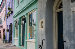 """107 East Bay Street & Beyond"" (Photography by Sharon Farrell) Tags: eastbaystreet 107eastbaystreet rainbowrow rainbowrowcharleston georgianrowhouses historichouses lucky13 charleston charlestonsouthcarolina charlestonsc southerncharm southernliving cooperriver cooperriverwaterfront preservationsocietyofcharleston c1740 rainbowrowcharlestonsouthcarolina rainbowrowcharlestonsc charlestowne"