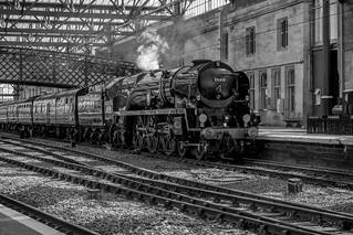 The Cumbrian Mountain Express pulling into Carlisle (1hr late)