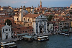 Iglesia de Santa María del Rosario (Venecia, Italia, 17-6-2017) (Juanje Orío) Tags: 2017 venecia venezia italia italy patrimoniodelahumanidad worldheritage canal agua water iglesia church barco boat