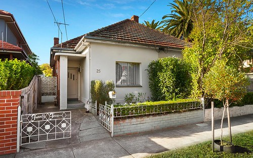 25 Rossmoyne St, Thornbury VIC 3071