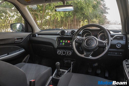 Maruti-Swift-vs-Hyundai-Grand-i10-23