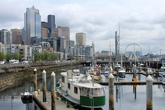 WATERFRONT OF SEATTLE (PINOY PHOTOGRAPHER) Tags: seattle city washington state waterfront harbor dock boat united states america usa wow perfect angle view picturesque smorgasbord trek lines curves scene portrait angles frame image wonderful picture photography art flickr trip tour travel world color pov framing amazing popular interesting canon choice camera work top famous significant important item special topbill light creation awesome visual viajar litrato larawan line curve like
