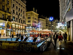 Graben lights - Vienna (Andreas Laimer) Tags: vienna austria notte notturna colori luci piazze contrasto persone olympus omd em10 m2