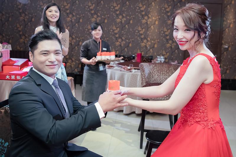 婚禮攝影 [ 伊麟❤欣諭] 訂結之囍@台中潮港城婚宴會館