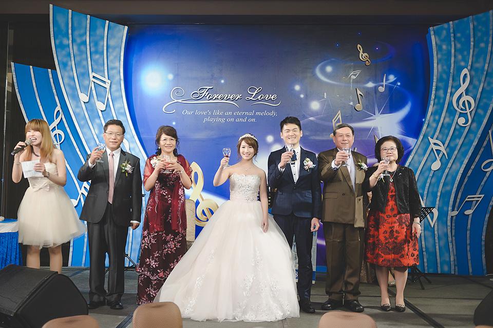 台南婚攝-台南聖教會東東宴會廳華平館-042