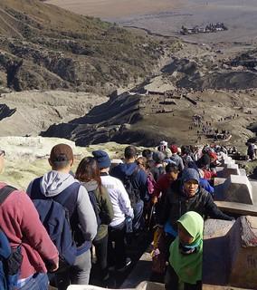 INDONESIEN, Java, zum Bromo-Kraterrand über die