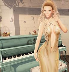 Play to me..,. (♛MISS V♛ VENEZUELA 2014♛MissVeroModero2013) Tags: luna liquid vanityhair spring ghee thechapterfour