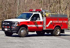 gales ferry brush 22 (Zack Bowden) Tags: fire truck ct gales ferry ledyard ford brush