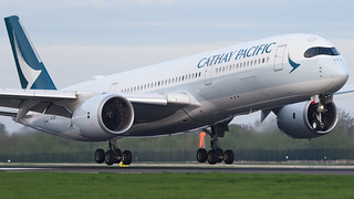 B-LRT Cathay Pacific Airbus A350 900