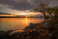 Columbia Point Sunrise (PNW-Photography) Tags: richland kennewick pasco tricities washington columbiariver river sunrise reflection sun sony sonya6000 sky waterscape water morning rokinon rokinon12mm samyang