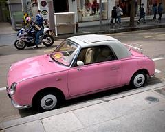 Figaro (Mondmann) Tags: figaro nissan nissanfigaro convertible retro pink car auto automobile vehicle sinsa sinsadong seoul korea southkorea rok republicofkorea asia eastasia street mondmann iphone8 appleiphone8