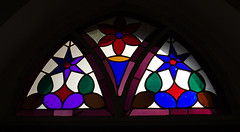 Gothic Revival chapel window of the entrance (stanzebla) Tags: elfershausen bavaria 19thcentury 19jahrhundert chapels gothicrevival neugotik stylenéogothique