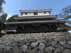 Castle south _orig_LG (Hazbones) Tags: iwakuni yamaguchi yokoyama castle kikkawa suo chugoku mori honmaru ninomaru demaru wall armor samurai spear teppo gun matchlock map ropeway