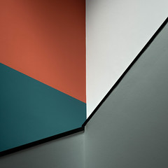 Angles and colours (Erik Schepers) Tags: composition museum gallery minimal minimalism thehague netherlands architecture architect light travel wanderlust shadow gemeentemuseum stairs teal red