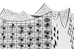 High costs, high key (tom.leuzi) Tags: architektur bw canonef70200mmf4lisusm canoneos6d germany hamburg architecture blackandwhite schwarzweiss elphie elbphilharmonie highkey deutschland