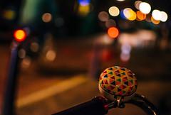 Night Bell (125/365) (Walimai.photo) Tags: night noche color colour nikon d7000 nikkor 35mm amsterdam bell timbre bike bici bicicleta holanda netherlands detail detalle